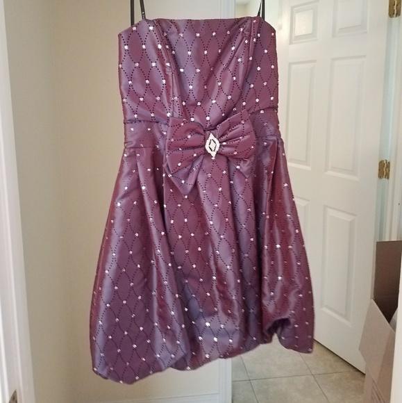 B Darlin Dresses & Skirts - Prom dress